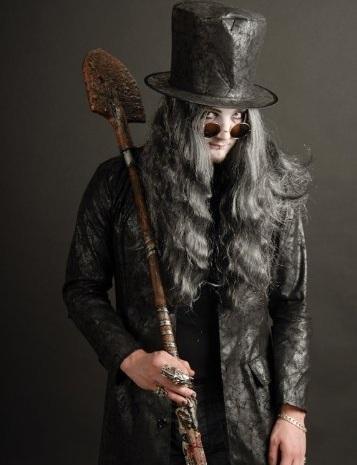 disfraz-halloween-casero-adulto-enterrador
