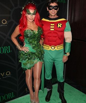 disfraces-halloween-famosos-kardashian