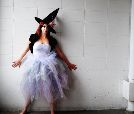 disfraz-bruja-halloween-moderna